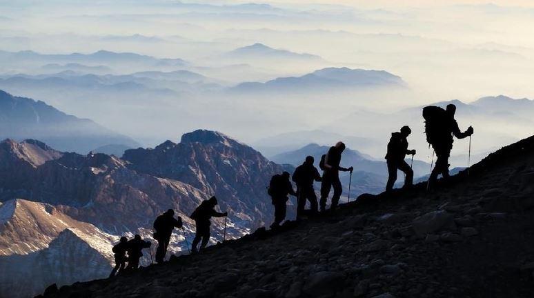Begini Cara Mencegah Terjadi Cedera Saat Mendaki